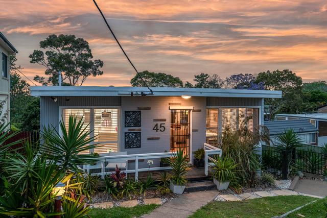 45 Croft Road, Eleebana NSW 2282