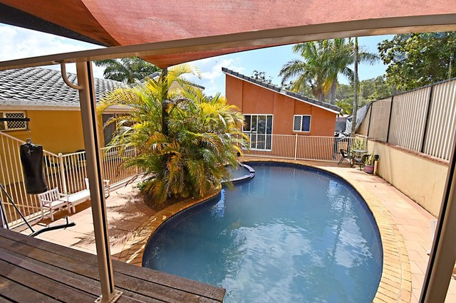 5 Peter Thomson Drive, Parkwood QLD 4214