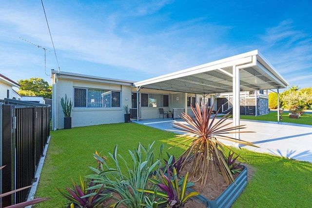 3/15 View Street, Woody Point QLD 4019