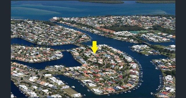11 Sir Joseph Banks Drive, Pelican Waters QLD 4551