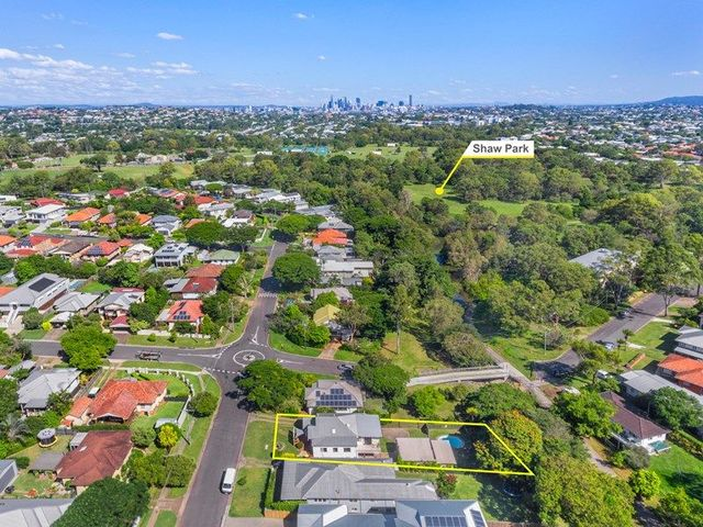 54 Castor Road, Wavell Heights QLD 4012