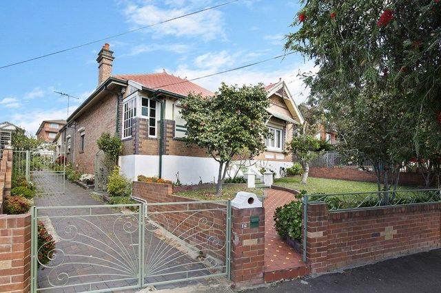 18 Beauchamp Street, NSW 2204