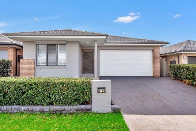 16 Follet Avenue, Middleton Grange NSW 2171