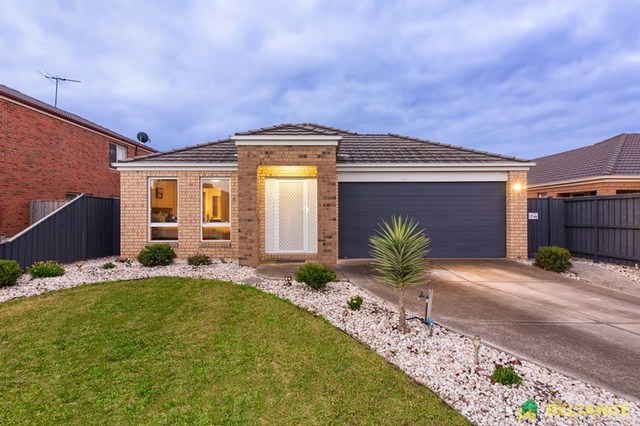 8 Mint Place, Point Cook VIC 3030