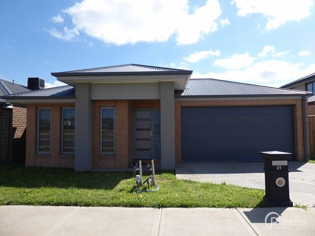 21 Thornell Street, Clyde North VIC 3978
