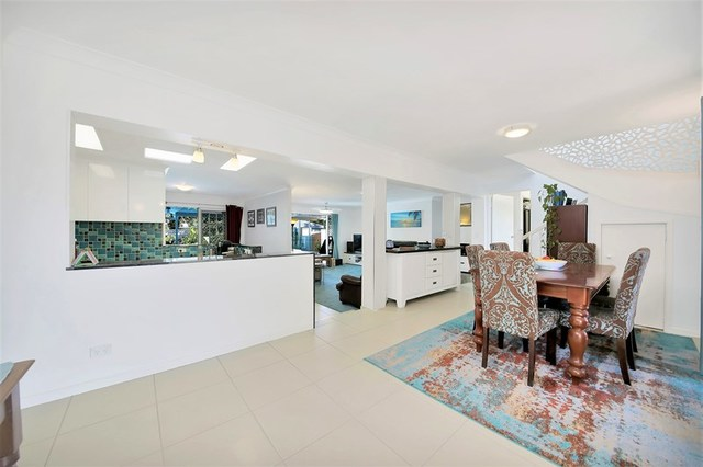 6 Key West, Broadbeach Waters QLD 4218