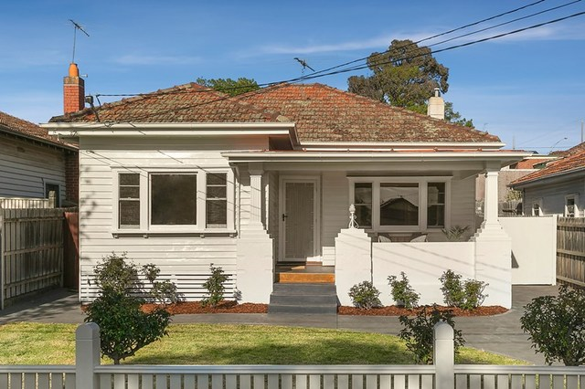 4 Carrington Street, Pascoe Vale South VIC 3044