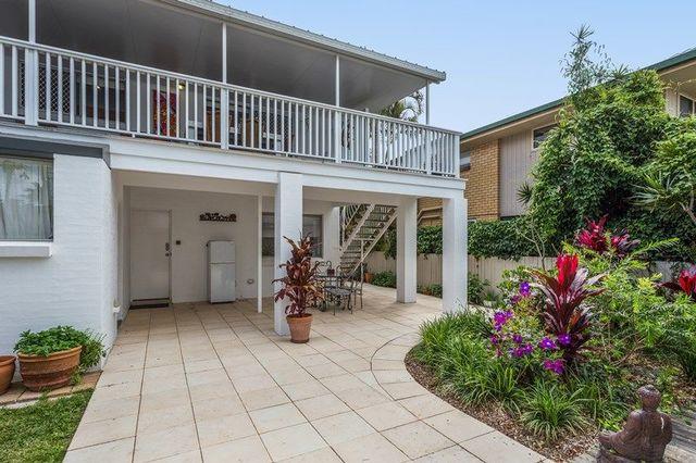 37 Seagull Avenue, Mermaid Beach QLD 4218