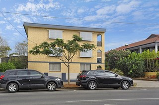 2/128 Racecourse Road