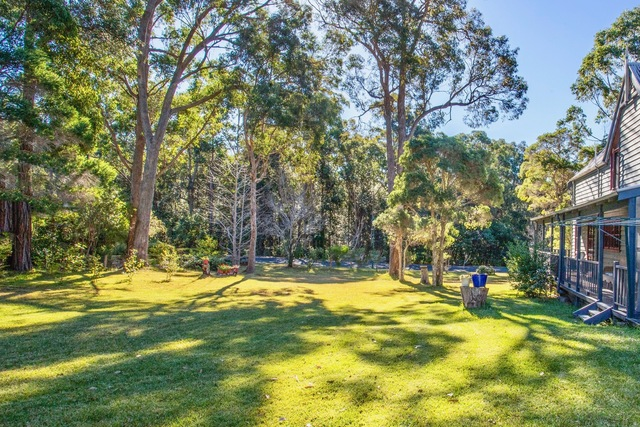 6 Settlers Way, Mollymook NSW 2539
