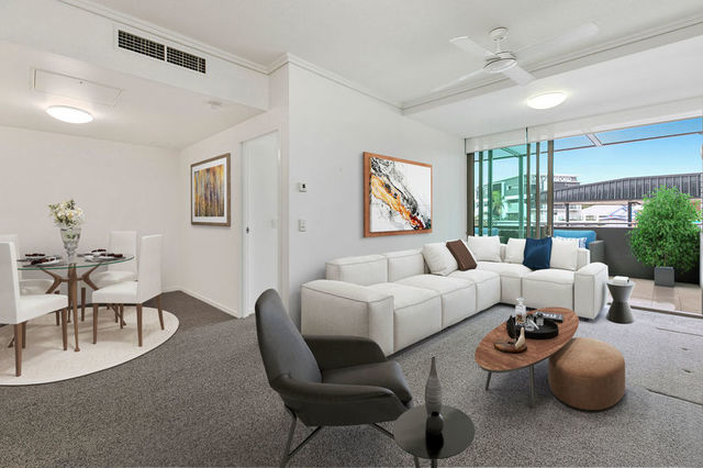 30102/2 Harbour Road, QLD 4007
