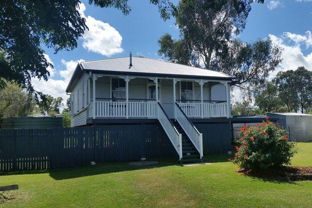 15 Hartwig Street, Goombungee QLD 4354