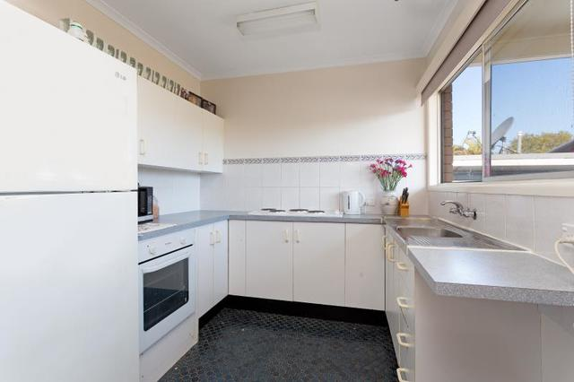 2/34 Mary St, Redcliffe QLD 4020