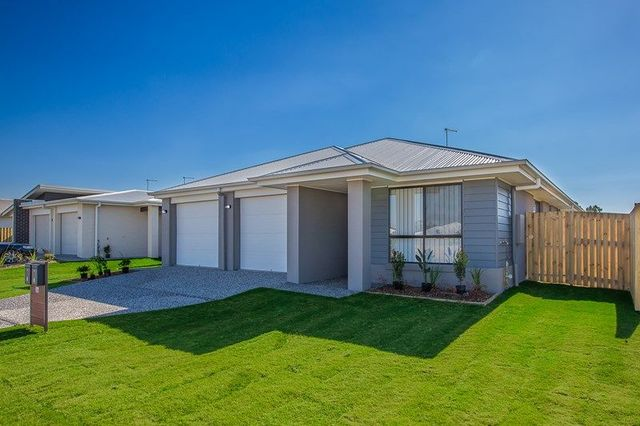 1/36 Azure Street, Rosewood QLD 4340