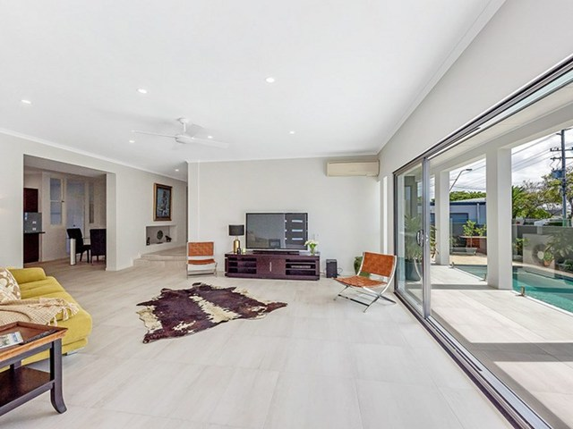 56 T E Peters Drive, Broadbeach Waters QLD 4218