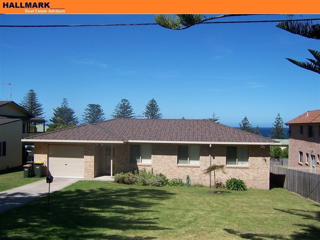 7 Monash Avenue, Tuross Head NSW 2537