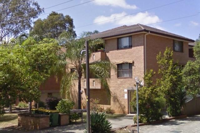 2/28 Caroline Street, Westmead NSW 2145
