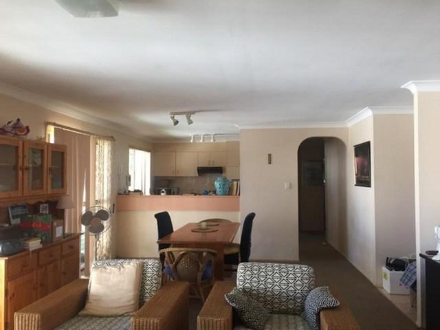 2/19 Eurimbula Court, Paradise Point QLD 4216
