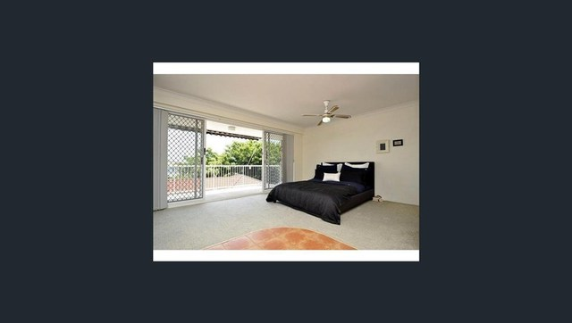13/16 Abalone Avenue, Paradise Point QLD 4216
