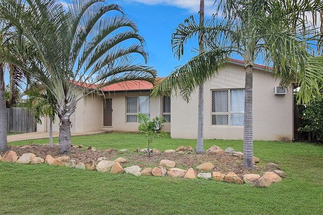 3 Noscov Cres, Kelso QLD 4815