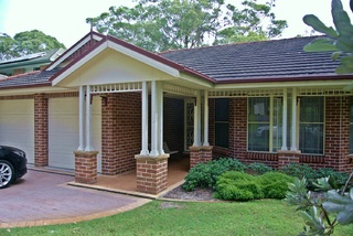33 Dolphin Ave Hawks Nest NSW 2324