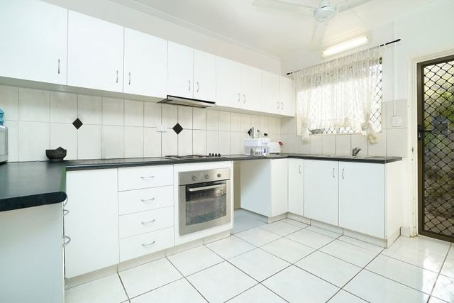 2/10 Nation Crescent, NT 0810