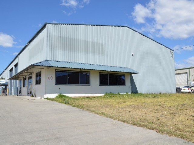 1/8 Enterprise Crescent, Singleton NSW 2330