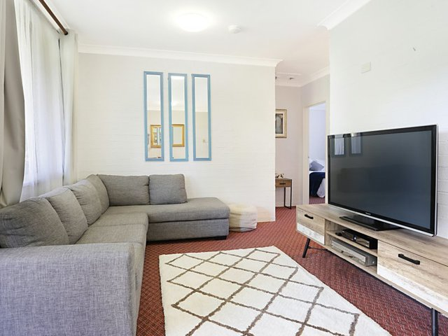 Villa 5/12 Patanga Street, Hawks Nest NSW 2324