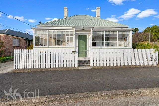 1/104 Cascade Road, South Hobart TAS 7004