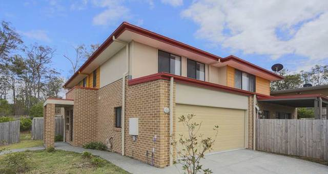 2/2 Kelly Avenue, Coomera QLD 4209