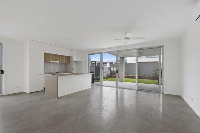 101 Evergreen View, Robina QLD 4226