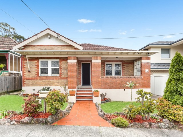 10 Paris Street, Carlton NSW 2218