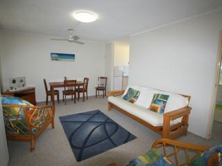 Unit 5/8-10 High Street Yamba NSW 2464