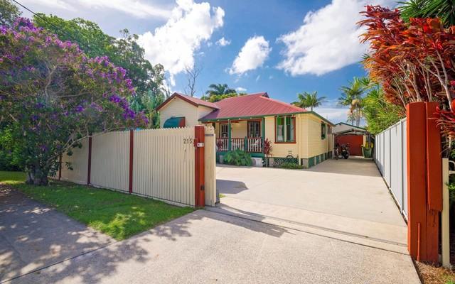 215 Yamba Road, Yamba NSW 2464