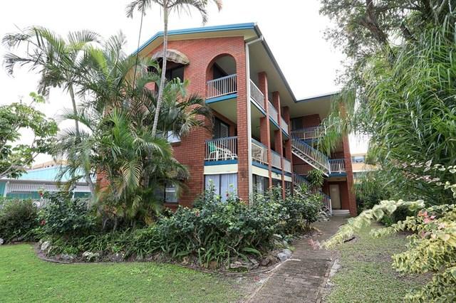 2/7 Hall Avenue, Bongaree QLD 4507