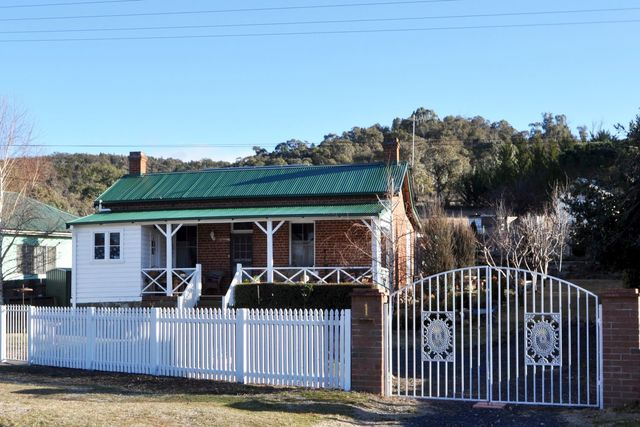 1 Mulach Street, Cooma NSW 2630
