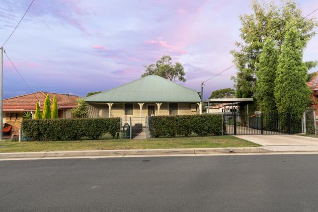 12 Bonarius Street, Edgeworth NSW 2285