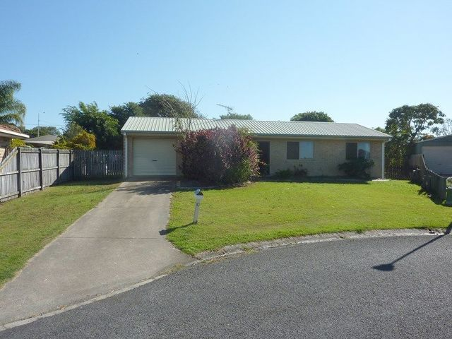 10 Carrie Court, Torquay QLD 4655