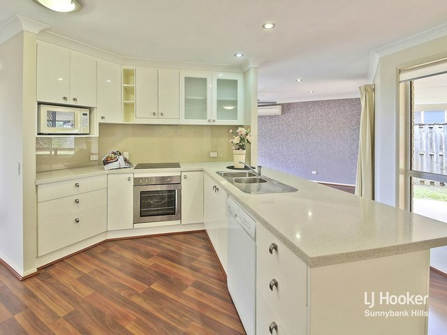 80 Candytuft Place, Calamvale QLD 4116