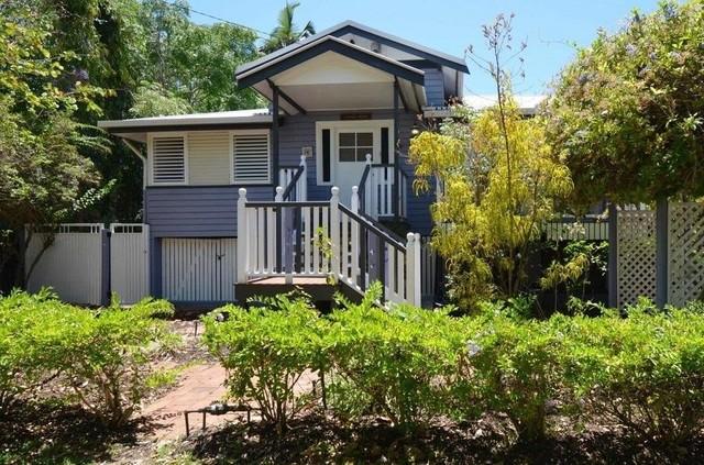 5 Lomax Street, Mysterton QLD 4812