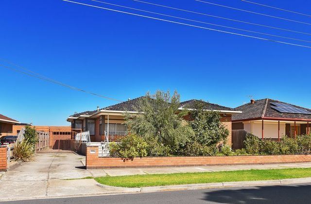 35 Sterling Drive, VIC 3033