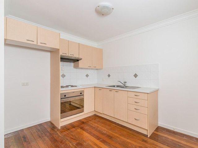 1/23 Baragoola Street, Coorparoo QLD 4151