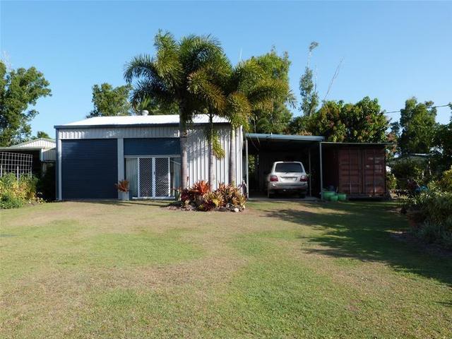 28 Melaleuca Drive, Tully Heads QLD 4854