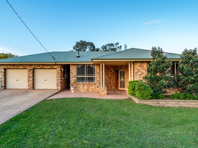 16 Yates Street, NSW 2335