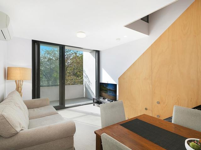 1/97 Eastern Valley Way, ACT 2617