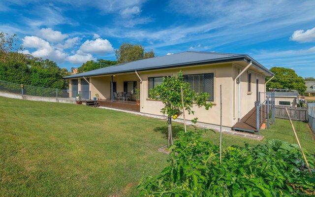 11 Taloumbi Lane, Maclean NSW 2463