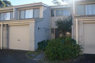 4/2 Massey Street Broulee NSW 2537