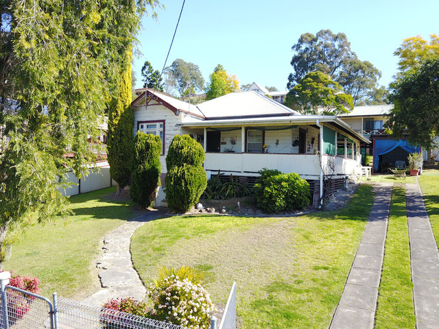 12 Moore Street, Dungog NSW 2420