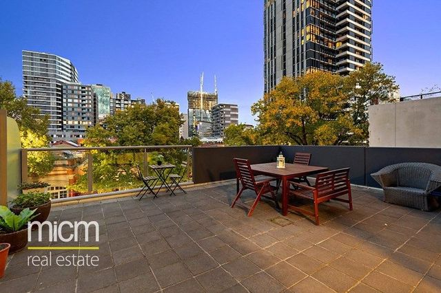 304/118 Dudley Street, VIC 3003