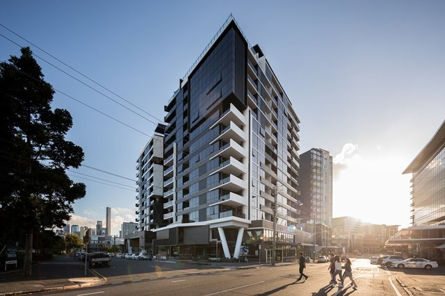 802/27 Commercial Road, Newstead QLD 4006